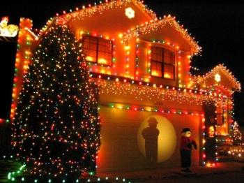 Christmas lights 2 Colorado home