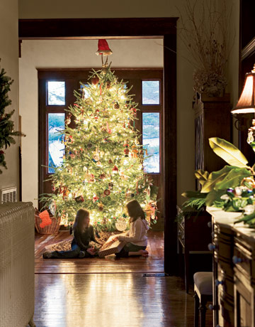 Billy Reid at Home in Alabama for Christmas Holiday House Tour