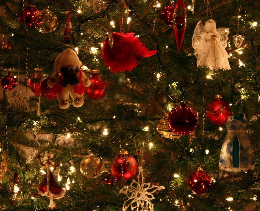 Christmas Tree Decoration Lights : Carol steel christmas tree decorations pin xmas