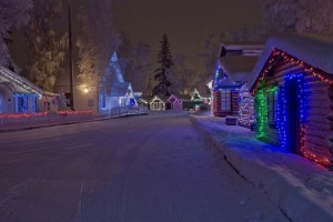 6 Jolly Reasons to Spend Christmas in Alaska
