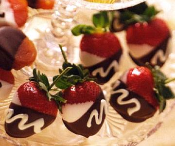 Double-Dipped Strawberries  This juicy Valentine treat teams up fresh strawberries and two kinds of chocolate.