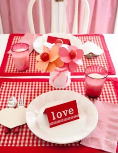 Informal Valentine place setting  A centerpiece of lollipop flowers (see previous slide) sets the tone for an informal Valentine place setting for breakfast or lunch.