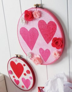 DIY Valentine's Day embroidery wall hangings