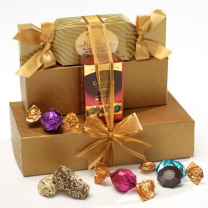 Valentine's Day Gourmet Chocolate Gift Set