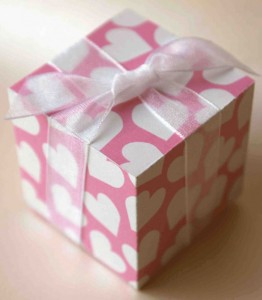 Pink Heart Pattern Valentine Party Favour/ Gift Box