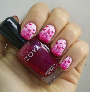 Sponging manicure with stamps