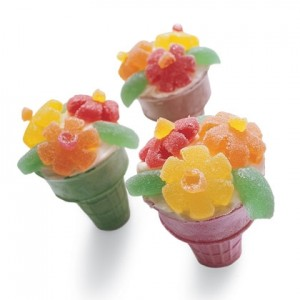 Flower Cupcake in a Cone Cupcake-filled cones make the sweetest party arrangements.
