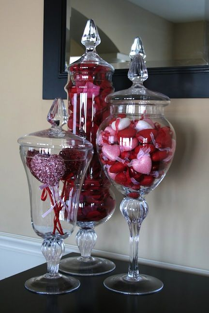 Valentine's Day Home Decor Ideas Debating if I want to be one of those people that decorates every season