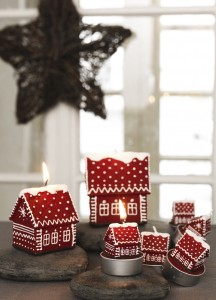 Beautiful Christmas House Candles
