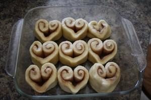 cinnamon rolls for valentine day
