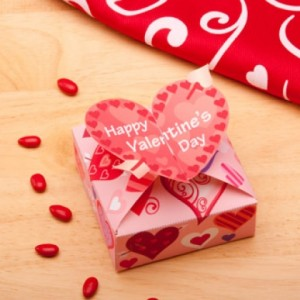 Valentine's Day Candy Box A great decoration or gift, this sweet little candy box will brighten someone's day.